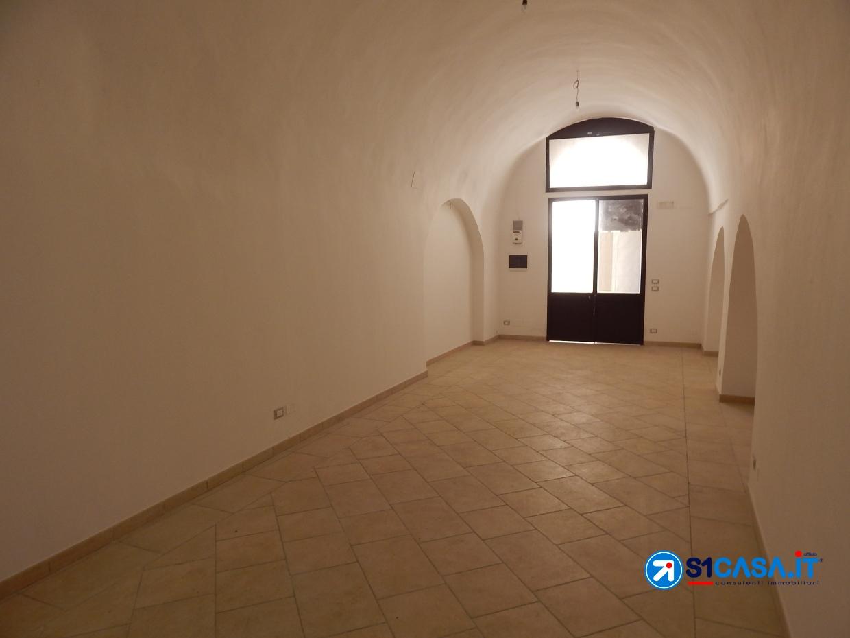 Attività / Licenza in affitto a Galatone, 2 locali, prezzo € 350 | CambioCasa.it