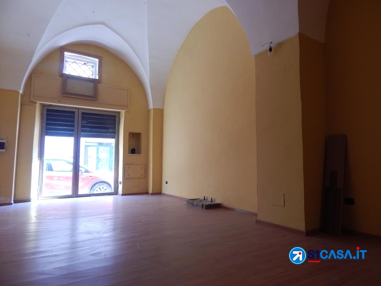 Negozio / Locale in affitto a Galatone, 2 locali, prezzo € 280 | CambioCasa.it