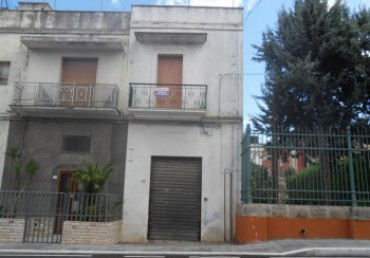 Galatone, independent apartment on the first floor